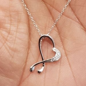 Jewelry - 925 silver heart love necklace